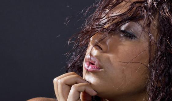 Как убрать запах с волос