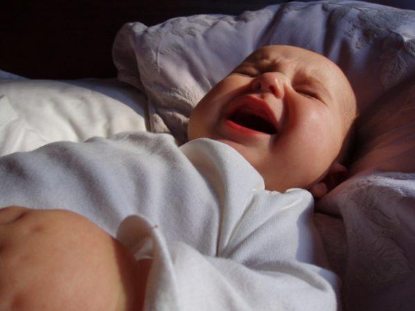 Почему ребенок 7 месяцев плохо спит ночью